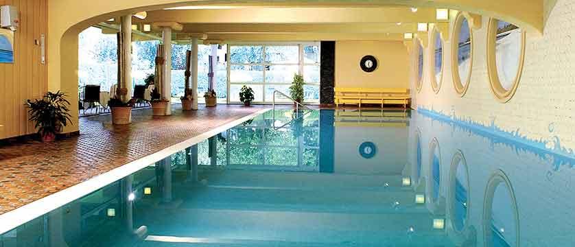 austria_olympia_skiWorld_axems&gotzens_Igls_Sporthotel Igls_indoor_pool.jpg